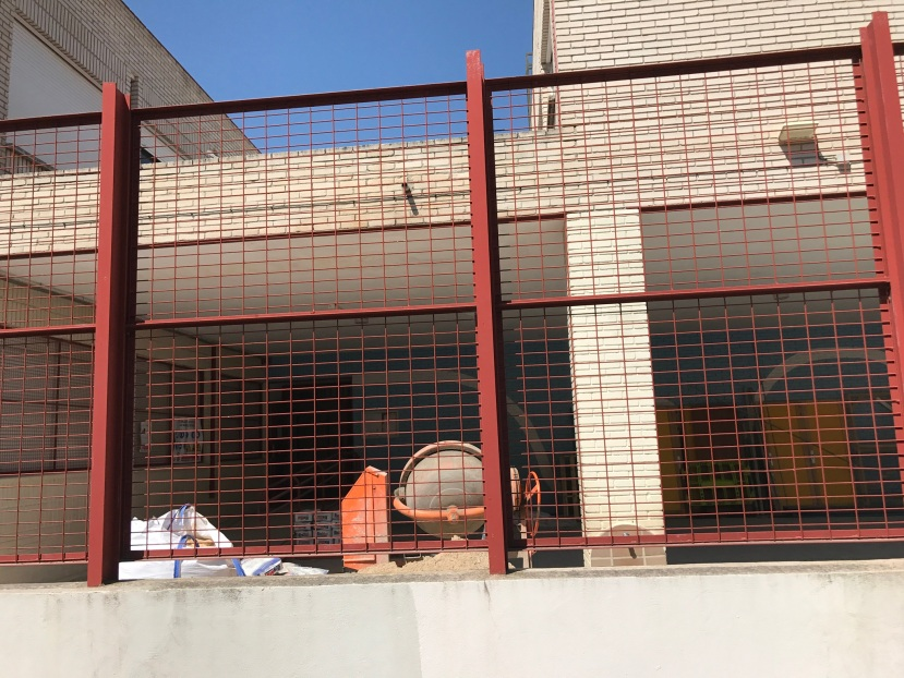 ¿Barracones para los alumnos del San JoséObrero?